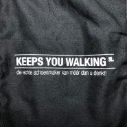 Zwarte schoenzak 'Keeps you walking'
